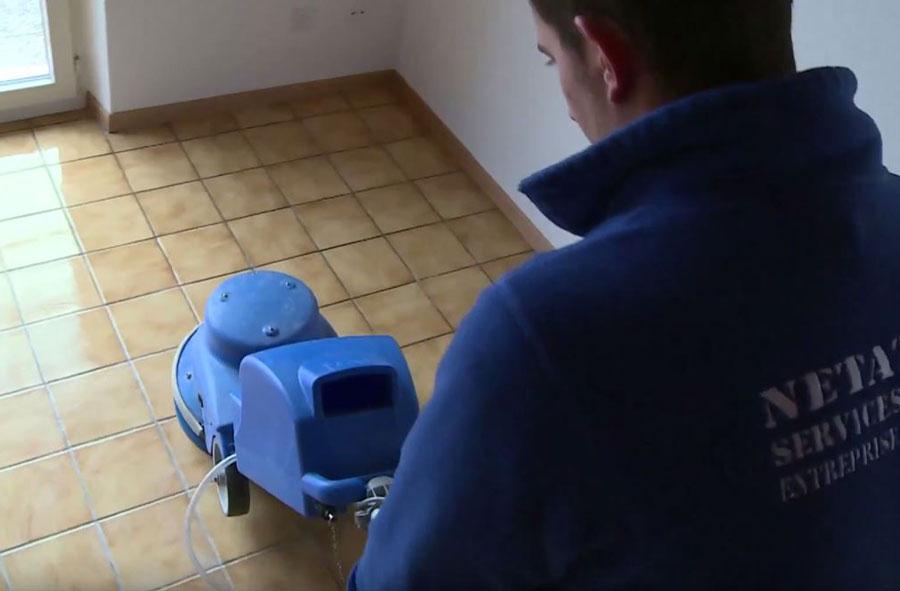 Operatore/trice per la pulizia ordinaria e manutentiva AFC