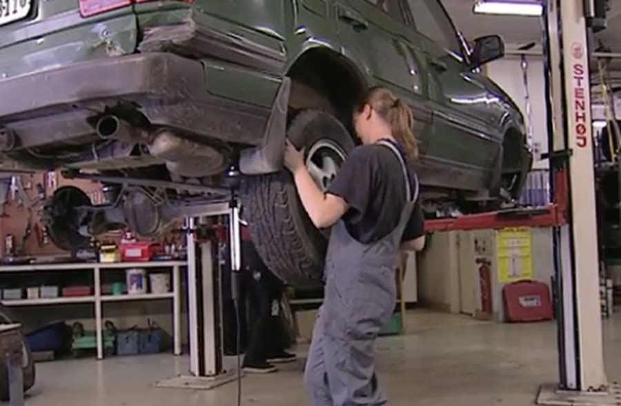 Meccanico/a di manutenzione per automobili AFC