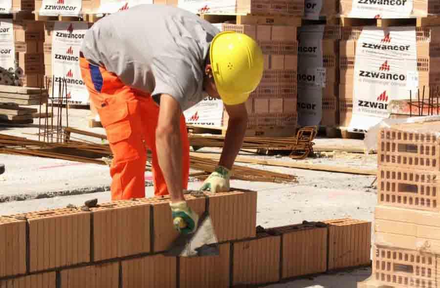 Baupraktiker/in EBA – Film mit Porträt eines Berufstätigen