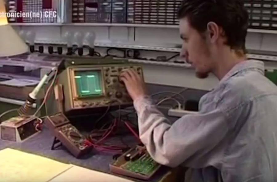 Électronicien / Électronicienne CFC