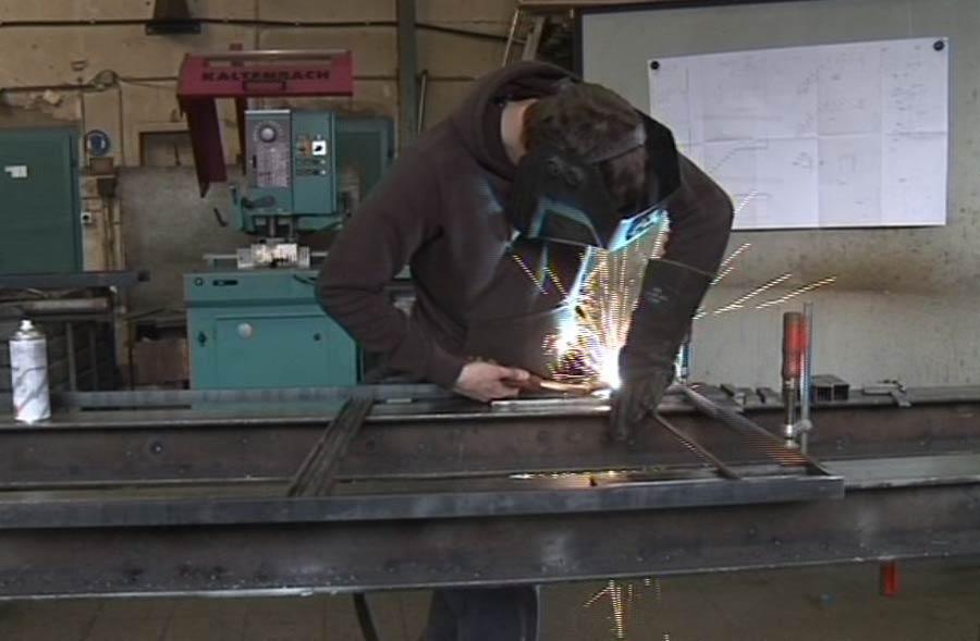 Metallbauer/in EFZ – Film mit Porträt eines Lernenden