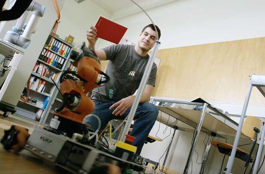 Maschinentechnik FH (Bachelor) – Film mit Studierenden