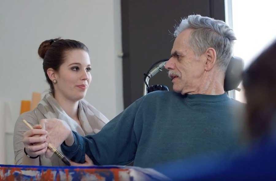 Aktivierungsfachmann/-fachfrau HF – Film mit Porträt einer Berufstätigen