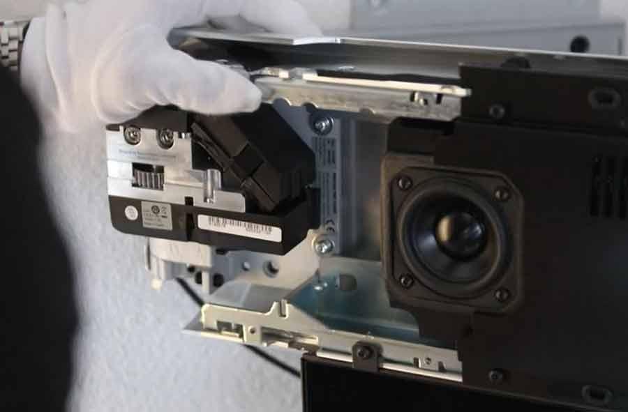 Multimediaelektroniker/in EFZ – Film mit Porträt eines Lernenden